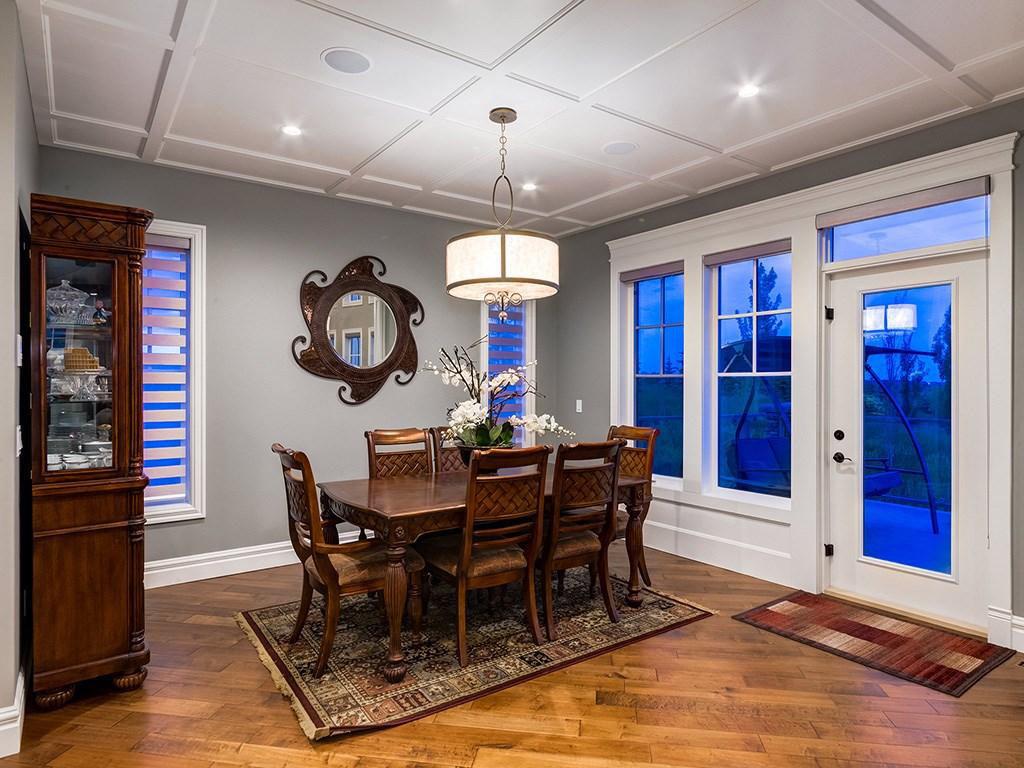Devine Custom Homes Interior Image - Dining Room